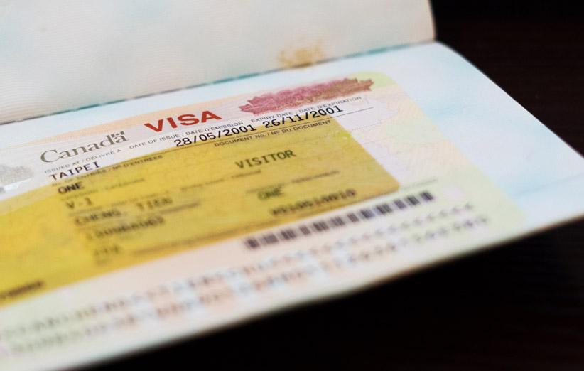 تصویر ویزای کانادا در پاسپورت