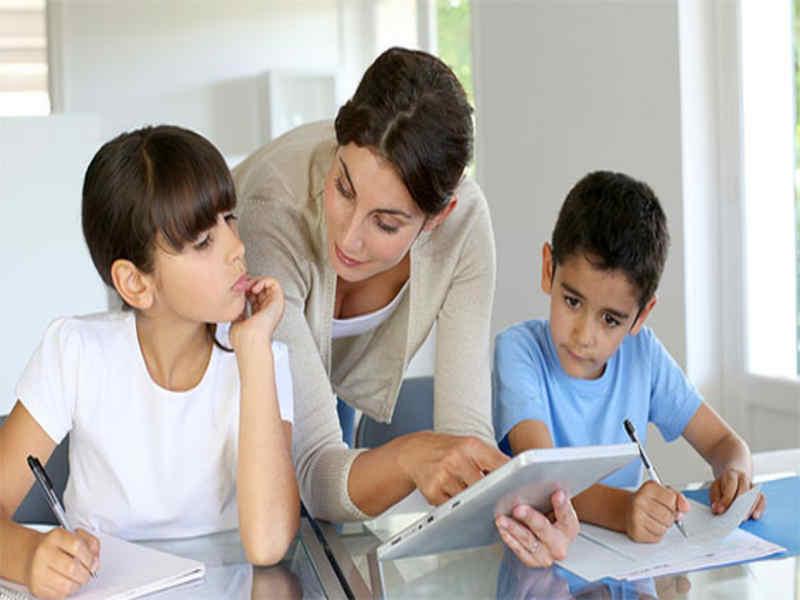 چرا پس از مهاجرت فرزندانمان باید به زبان مادری صحبت کنند؟