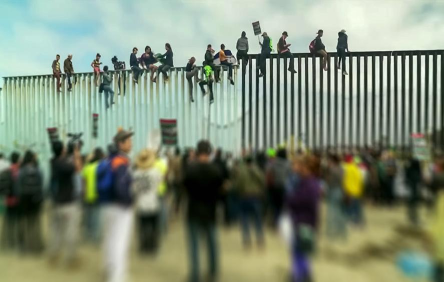 تصویر دیوار بین آمریکا و مکزیک