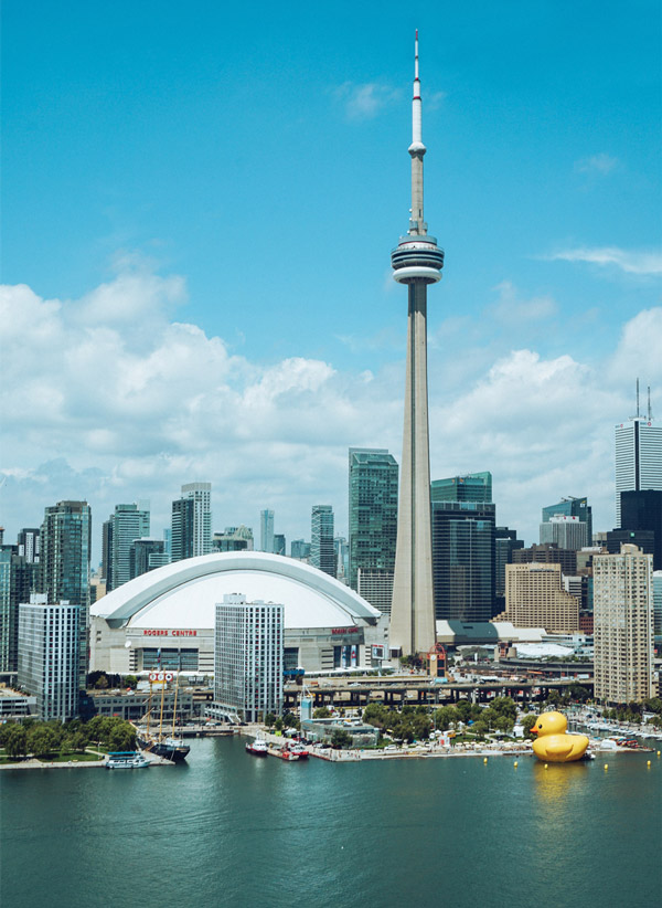 تصویر برج سی اِن تورنتو