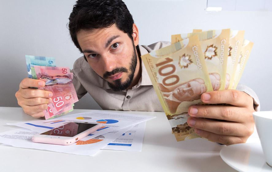 تصویر یک مرد با پول